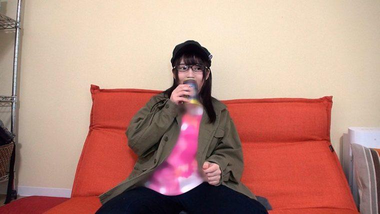 エ●ァで2時間語れる彼女は隠れ巨乳でした!イキイキオタ話してた女子が巨根バコ突きされ足腰ガクガクなるまでイカされる! 1